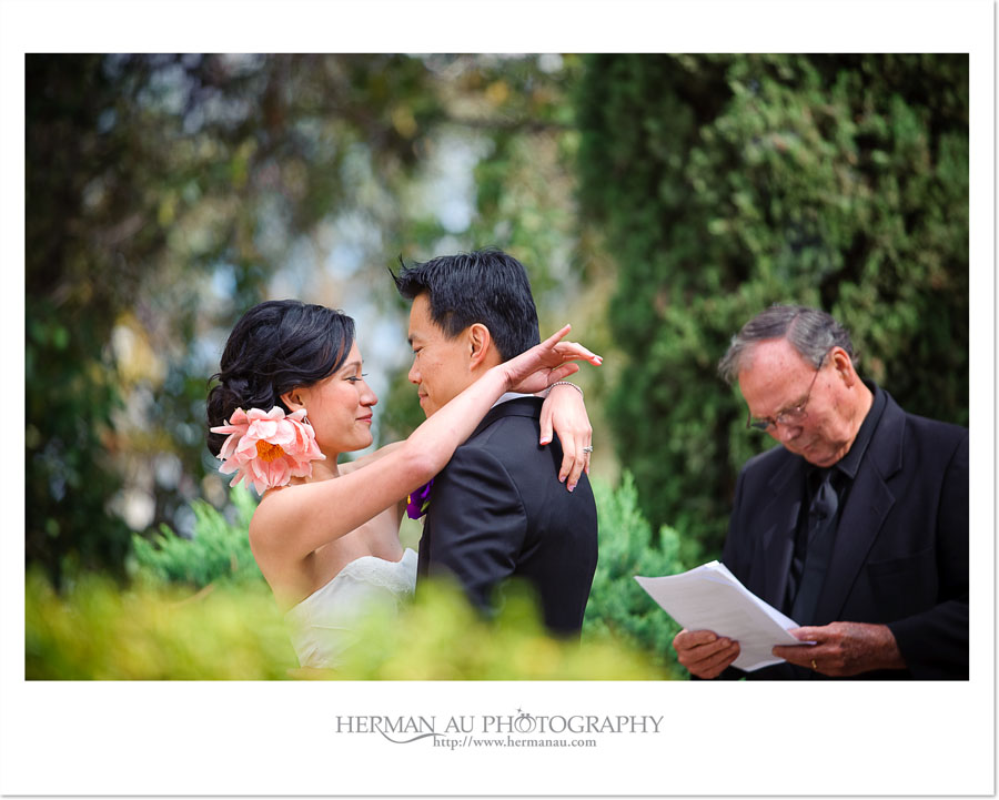 wedding ceremony at Casa del Rey Moro Gardens