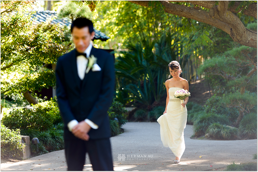 Muoy & Dave wedding first look