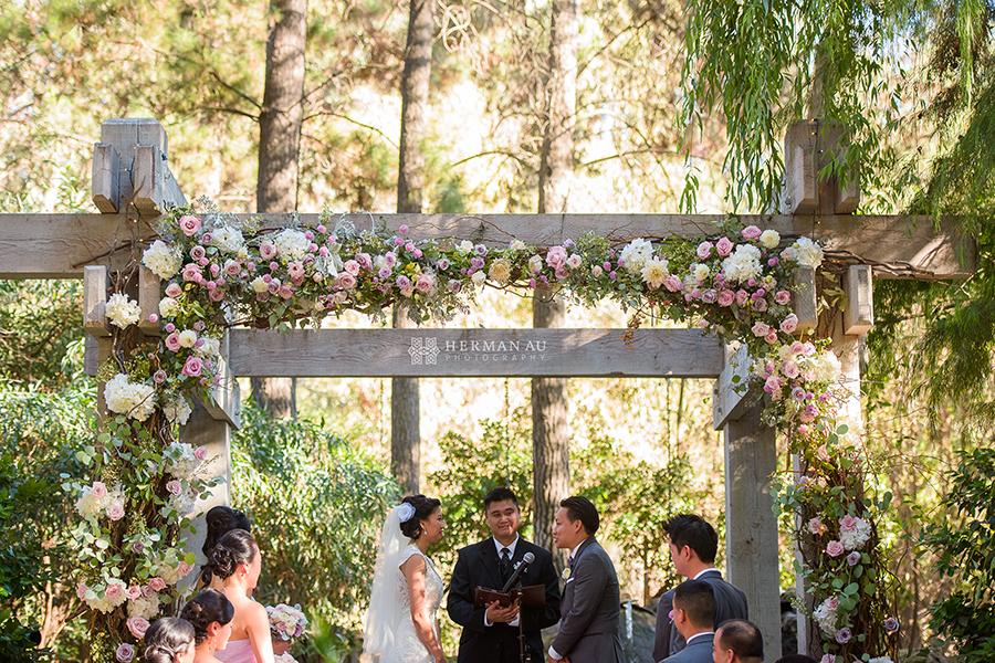 10 Calamigos Ranch Malibu Ca Wedding Ceremony Arch